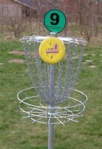Panier de frisbee golf