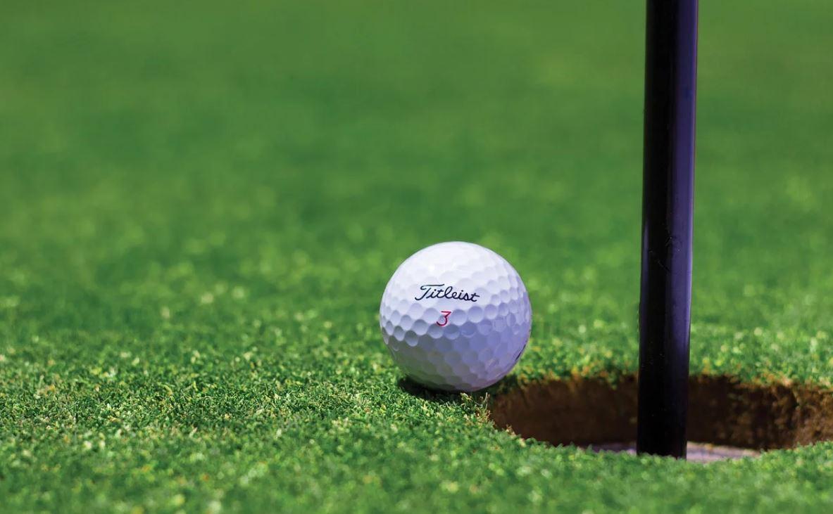 Ouverture de la saison de golf en septembre?