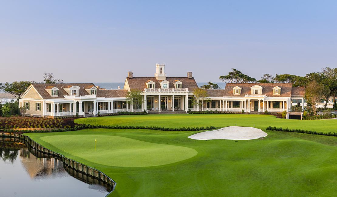 Phil Mickelseon remporte le championnat de la PGA au parcours Kiawah Island en Caroline du Sud